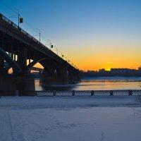 Октябрьский мост. :: cfysx