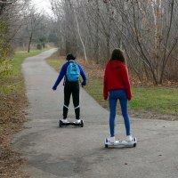В парке Торонто на мини скутерах, декабрь... :: Юрий Поляков