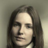Портрет актрисы А. Богдановой :: Михаил Онипенко