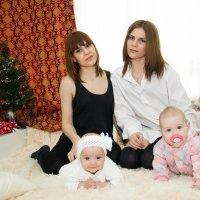 Сестры с дочерями :: Inna Прибушаускайте