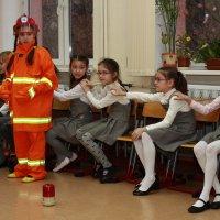 в форме пожарника :: Дмитрий Сушкин