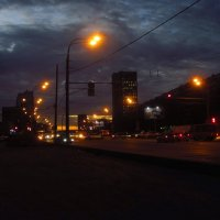 Обыкновенный вечер в городе (без претензий) :: Андрей Лукьянов