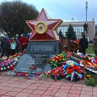 9 декабря - 74-я годовщина освобождения города Тихвина . :: Сергей Кочнев