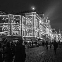 Москва. Красная площадь. Новогодний ГУМ :: Константин Фролов