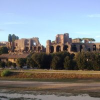 Графичные римские развалины :: Плюшевая Пальма