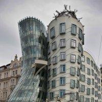 Танцующий дом (Прага) #5 :: Олег Неугодников