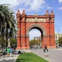 Триумфальная арка. БАРСЕЛОНА :: Tata Wolf