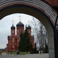 Вход в монастырь. :: Oleg4618 Шутченко