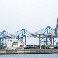 Грузовой порт Мальты :: Witalij Loewin