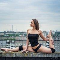 pole dance :: Vitaly Shokhan