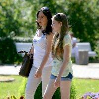верные подружки или женское счастье :: Олег Лукьянов