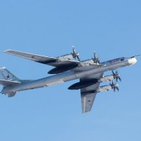 Стратегический бомбардировщик-ракетоносец Ту-95МС :: Игорь Ломакин