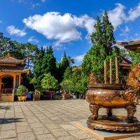 Монастырь Чук Лам. Далат. Вьетнам. :: Rafael