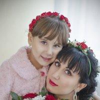 мама и дочь .....как в зеркало смотрю :: Алеся Корнеевец