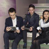Журналисты готовятся к репортажу :: Татьяна Гузева
