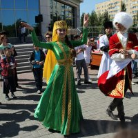 1 Мая. День единства народа Казахстана :: Рустэм Ануарбеков