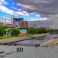 Исторический сквер - место рождения Екатеринбурга. :: Пётр Сесекин