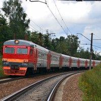 Электропоезд ЭР2Р-7061 :: Денис Змеев