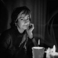 свеча горела на столе.... :: Марина Брюховецкая