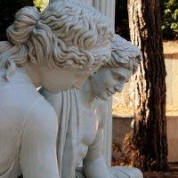 Партенит,  античные скульптуры :: elena manas