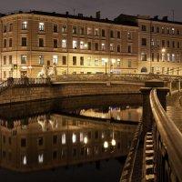 Канал Грибоедова. Львиный мост :: Елена Павлова (Смолова)