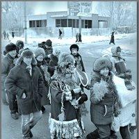 "На параде ""Деда мороза"" Новочебоксарск. :: Юрий Ефимов"