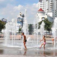 Жаркое лето и счастливое детство. :: Владимир Кочнев