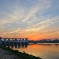 Углич. Плотина Угличской ГЭС :: Galina