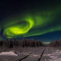 Северное сияние Надыма. :: Павел Мудрик