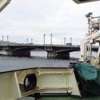 С корабля на мост... :: Дмитрий