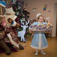 И много много радости детишкам принесет ... :: Виталий Латышонок