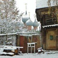 Однажды в старом дворике, города N..... :: Святец Вячеслав