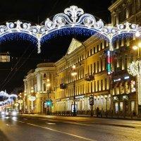 Удачи, радости, любви, здоровья, творческих успехов! :: Владимир Гилясев