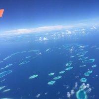 Мальдивы с самолета :: Елена Кислых