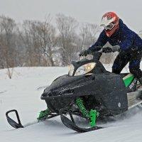 на снегоходе :: Владимир Артюхов