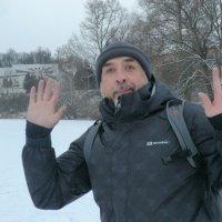 Это я катаюсь на коньках по Ловати... :: Владимир Павлов
