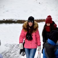 Прогулка в парке имени Бабушкина :: Юрий Тихонов
