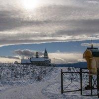 Воскресенско-Михайловский храм-архиерейское подворье... :: Юлия Бабитко