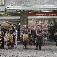 Уличные музыканты :: сергей адольфович