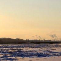 Вид на Дворцовый мост :: Алексей Корнеев