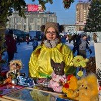 Девушка с благотоворительной Рожденственской ярмарки. :: cfysx