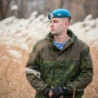ВДВ - и один в поле воин! :: Виталий Левшов