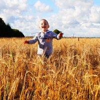 вот оно счастье и беззаботное детство :: Irina Novikova