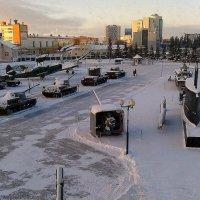 вид на площадь перед Музеем :: Надежда Ерыкалина