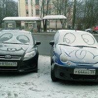 Пока хозяева машин спят..  :) :: Elena N