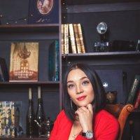 - :: Анастасия Макиенко