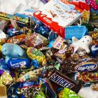 море конфет, огромное море конфет! :: Инна