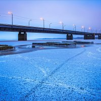 Скованный льдом... :: Denis Aksenov