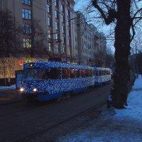 Шел трамвай 4-й номер :: Андрей Лукьянов