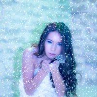 Лови снежинку! :: Марина